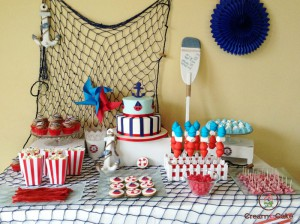mesa dulce para celebracion fiesta especial cumpleaños, con pasteles, dulces,chuches
