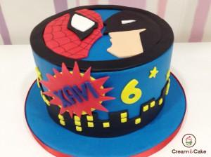 Tarta decorada super heroe spiderman para cumple