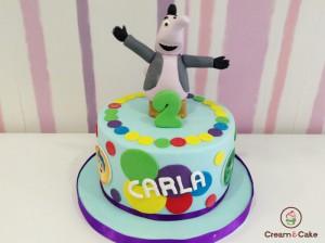 tarta cumpleaños niña figura dibujos animados