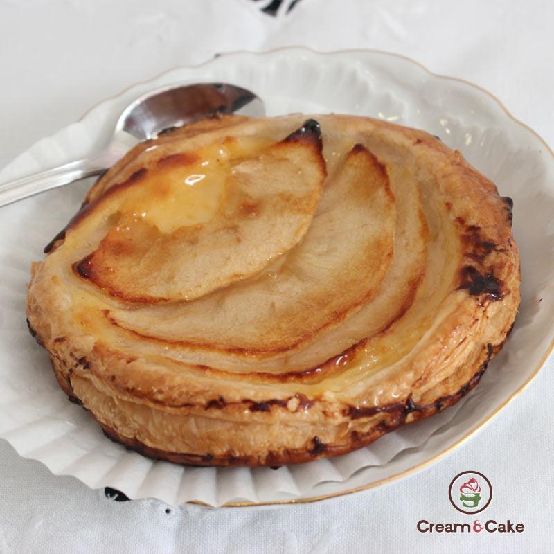 delicioso pastel de HOJALDRE DE MANZANA.